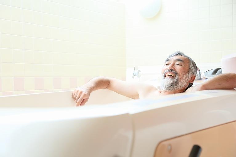 50歳以上の方は、今が浴室リフォームのチャンス!